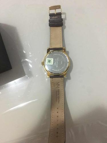 relógio technos banhado a ouro com pulseira de couro