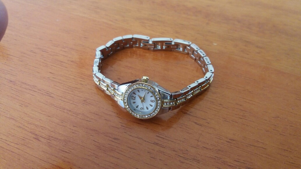 4b406928df7 relógio tipo pulseira - fmd. Carregando zoom.