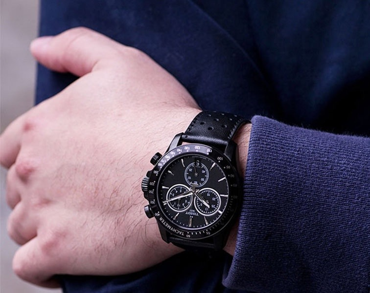 0a541521aa4 Relógio Tissot Novo V8 T1064173605100 Lançamento 2017 Black - R ...