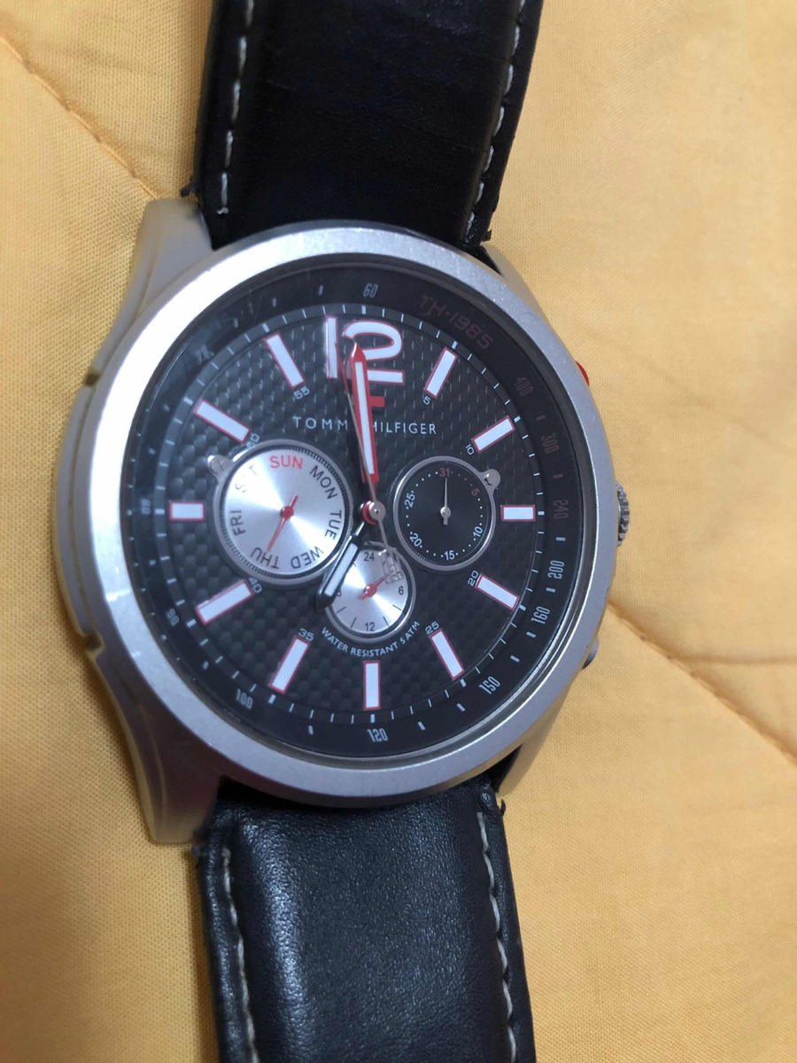 71d02b769f1 relógio tommy hilfiger aviador importado em ótimo estado. Carregando zoom.