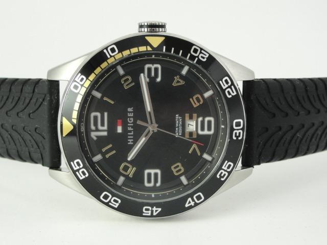 1e749ce686f Relógio Tommy Hilfiger Masculino - Wr 50   165ft - R  450