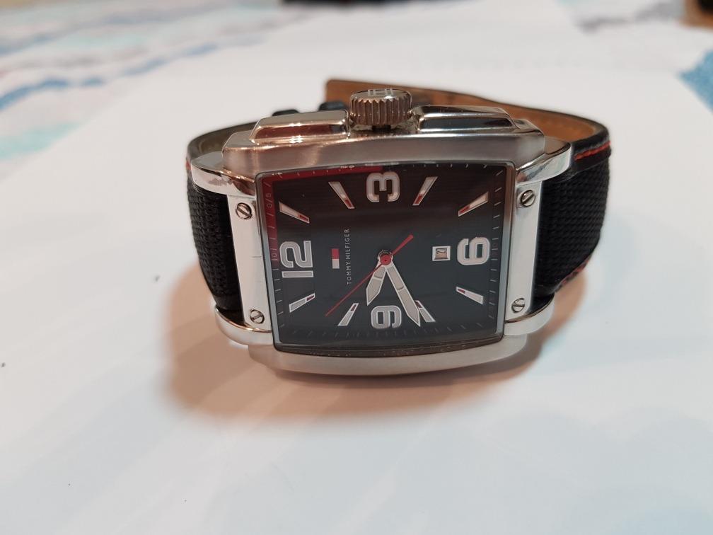 2dda1a40d42 relógio tommy hilfiger quadrado original. Carregando zoom.