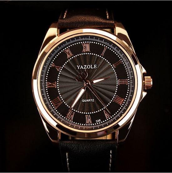 802518c8f90 Relógio Top Marca De Luxo Yazole Homem Black- Couro - R  95