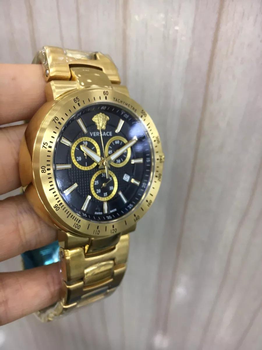 a171103e2ef relógio versace dourado mostrador preto aço. Carregando zoom.