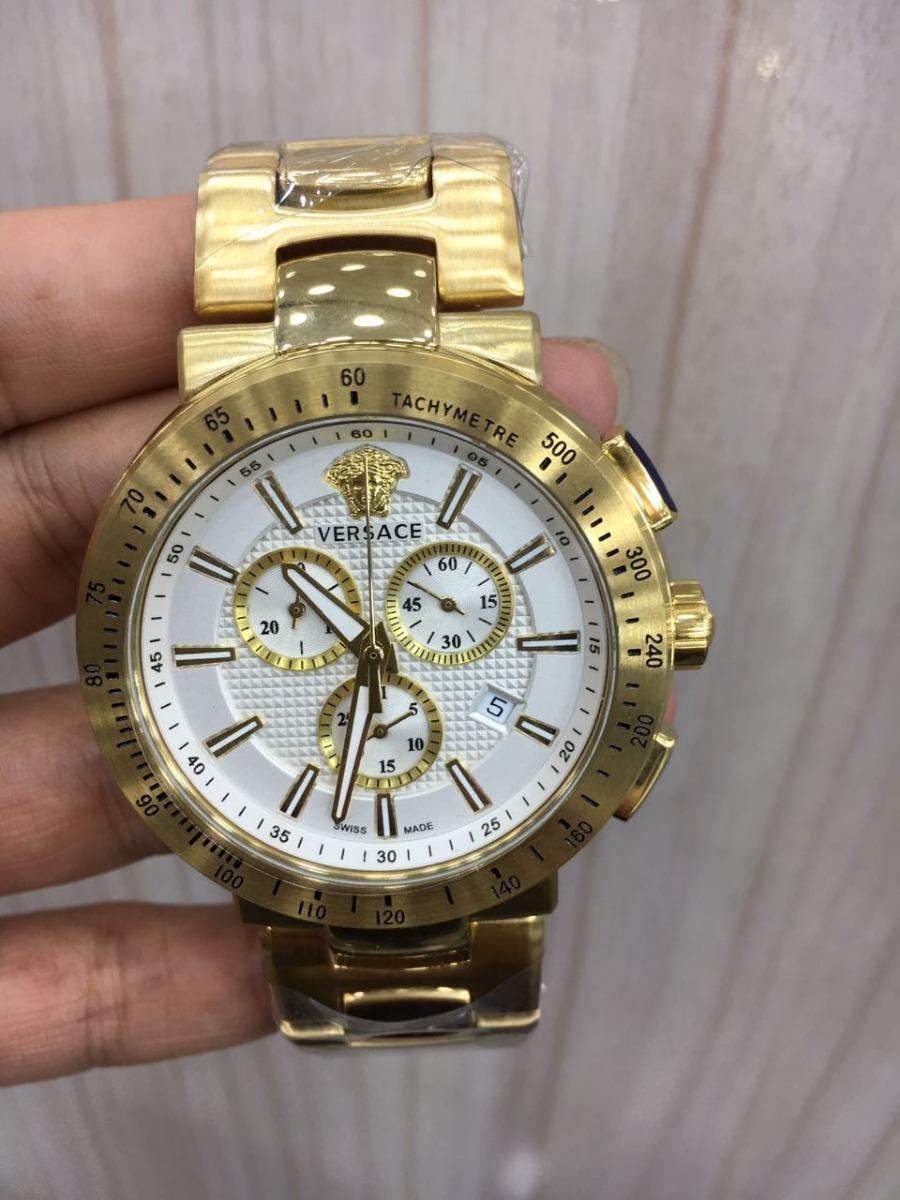 e05c64b4093 relógio versace medusa dourado fundo branco aço. Carregando zoom.