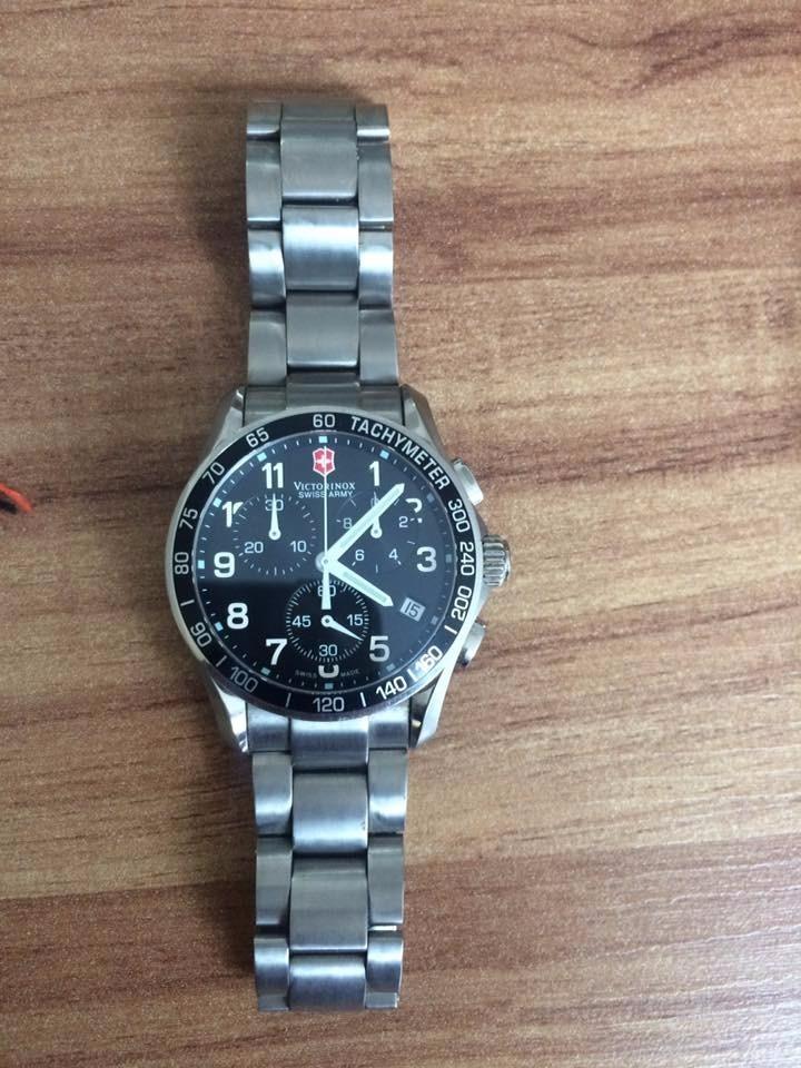 4cb9da648e0 relógio victorinox swiss army classic chronograph 241122. Carregando zoom.