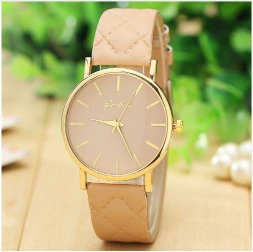 ed655c1df1a Relógio Vogue De Couro Analógico - R  40