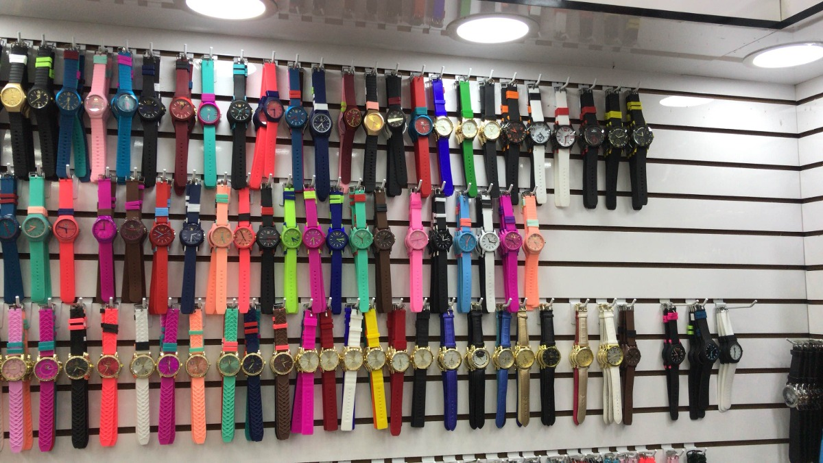 3414ca047ce relógios adidas a partir    30 reais entrego em estações ¿. Carregando zoom.
