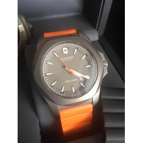 818ab3b3d86 Relógio Victorinox Inox Professional Diver Vermelho 241735 por Olist · Relogio  Victorinox Inox Titanium Oportunidade