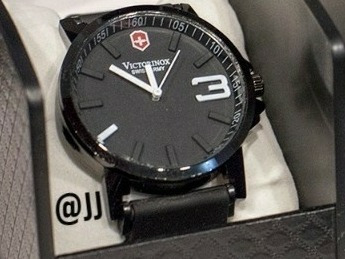 reloj  adidas caballeros con caja
