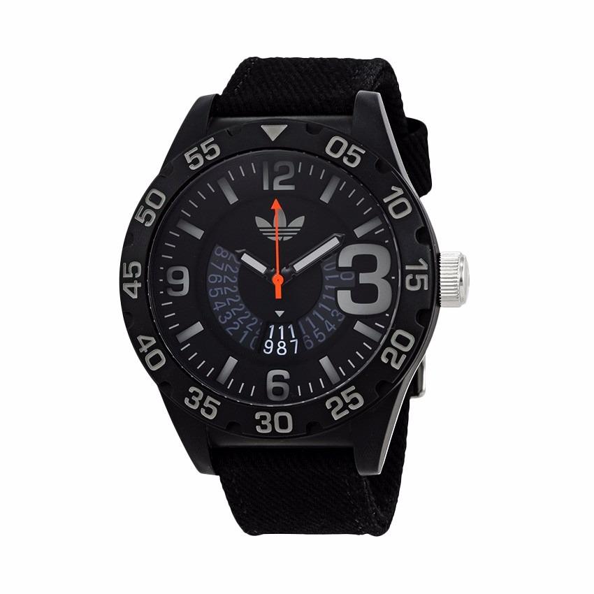 2ab470690257 reloj adidas originals newburgh adh3157 analogico negro. Cargando zoom.