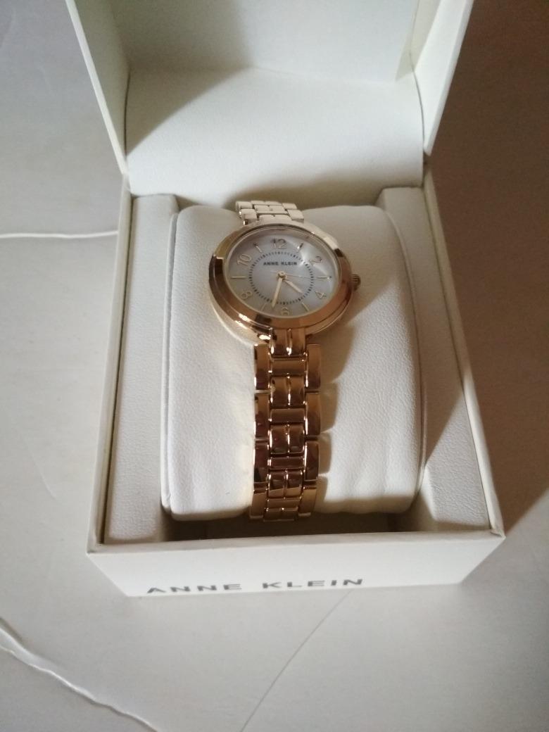 c010a3ebfcc2 reloj anne klein ak3070 dorado oro mujer analogico. Cargando zoom.