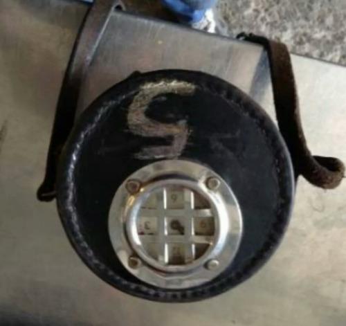 reloj antiguo celador seguridad marcar tarjeta sin llave