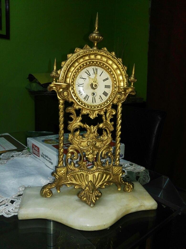 06516697eac8 reloj antiguo de cuerda alemán de bronce imperial marmol. Cargando zoom.