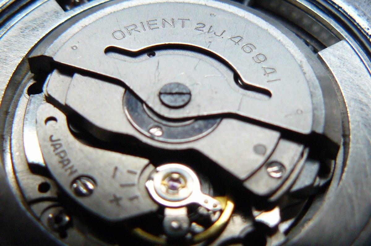 Reloj Automatico Orient 21 Rubis Triple Calendario