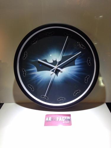 reloj batman pared