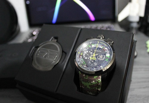reloj bomberg