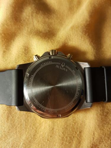 reloj bulova 98b277 dorado y negro  marine star  cronómetro