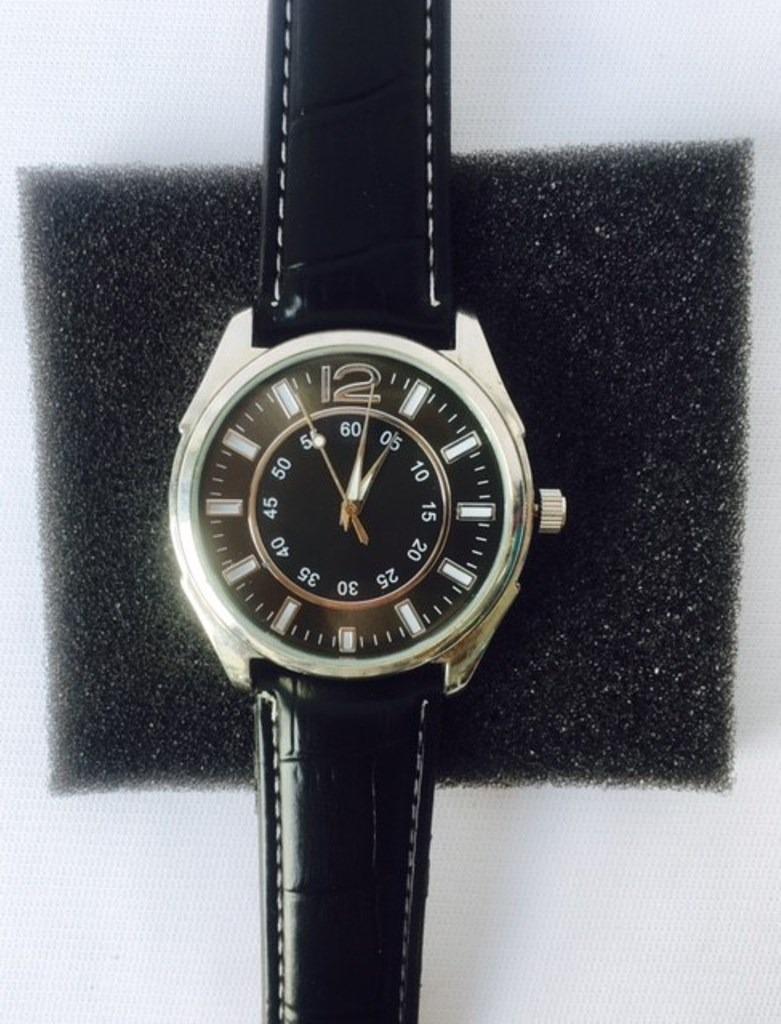0c579ee51904 Reloj Caballero Analógico Acero Inoxidable Piel Cuarzo -   250.00 en ...