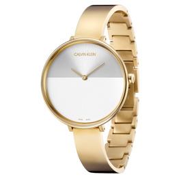 27abeda2d80a Reloj Calvin Klein Dorado Dama Cuadrado - Joyas y Relojes en Mercado ...