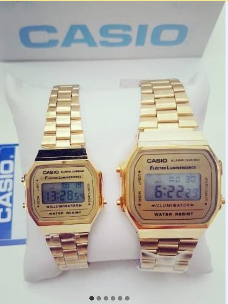 679a9b7973f0 reloj casio dorado vintage duo de pareja 2pz a168 mini stand. Cargando zoom.