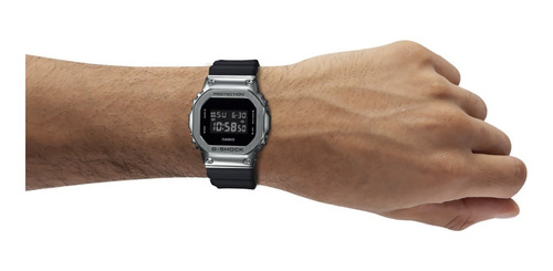 reloj casio g-shock estándar gm-5600-1