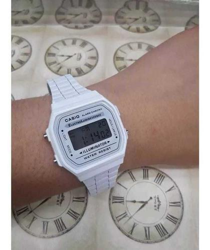 reloj casio modelo clasico digital cromado blanco