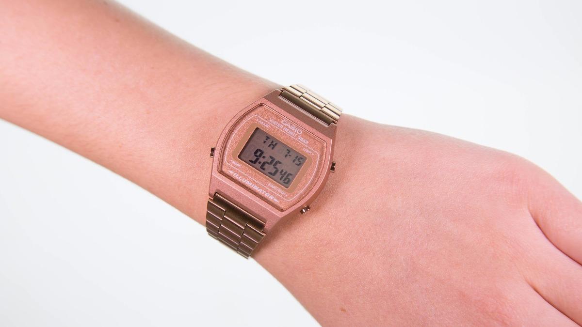 20ad1425749e reloj casio oro rosado mujer rose gold retro b640 · reloj casio mujer.  Cargando zoom.