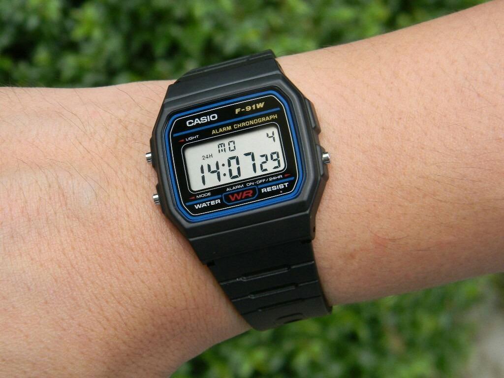 9ba855b6e794 Reloj Casio Negro Retro Elegante Sumergible -   40.000 en Mercado Libre