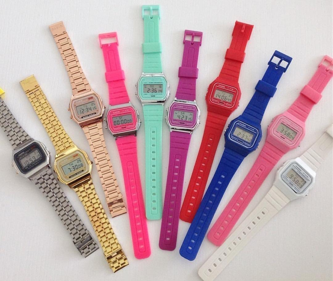 d9c1ada62f34 Reloj Casio Retro En Colores -   35.900 en Mercado Libre