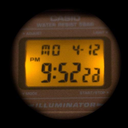 reloj casio retro rosa generico
