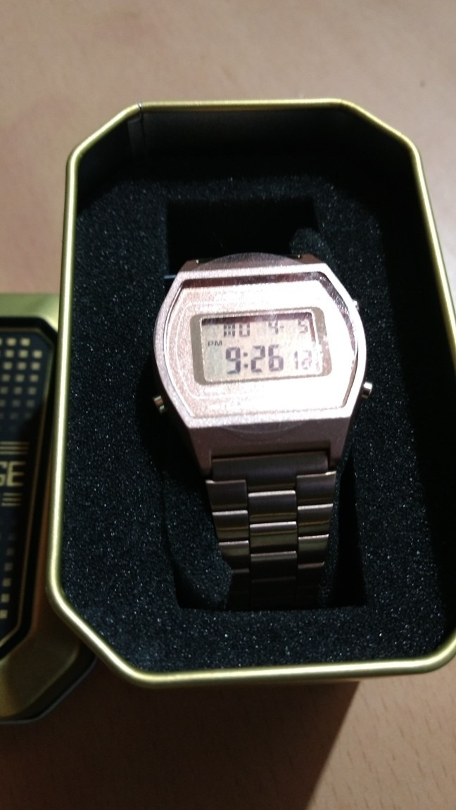 dca71ab4d054 reloj casio retro vintage b640 oro rosa original oferta. Cargando zoom.