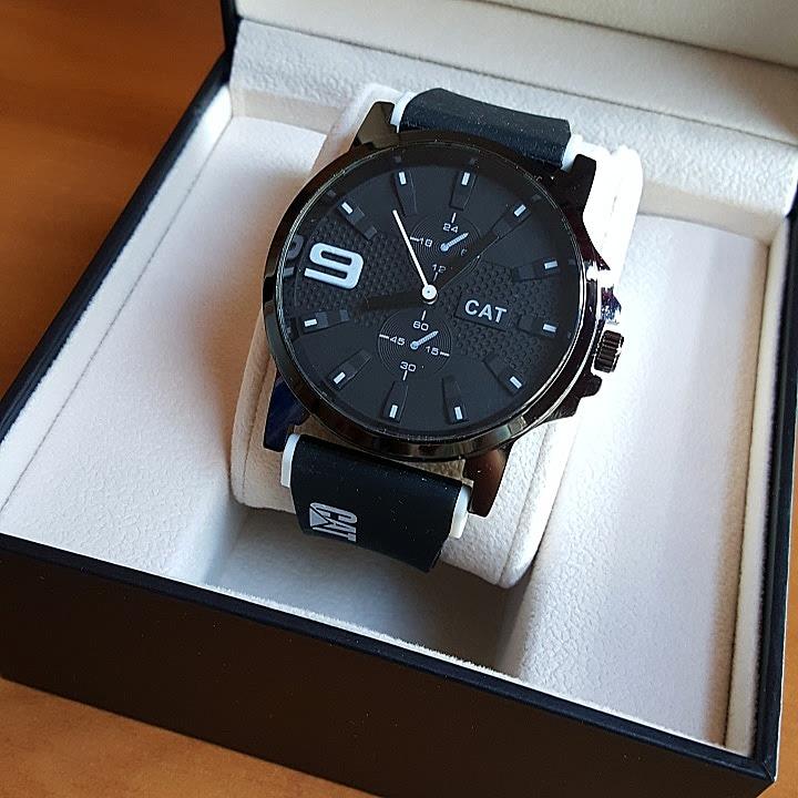 3d3a9a133ece Reloj Cat Caballero Con Caja - Bs. 65.000