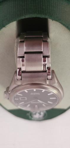 reloj citizen ecodrive titanium cristal de zafiro sumergible