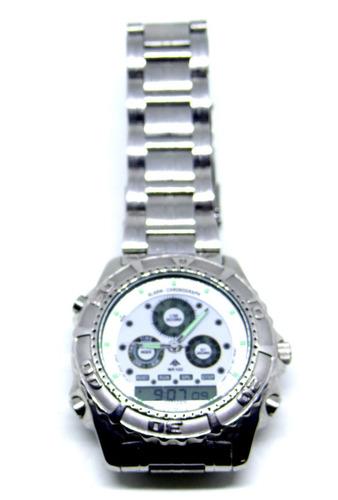 reloj citizen pro master digital análogo luz en pantalla