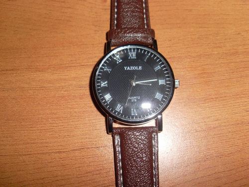 reloj clásico hombre