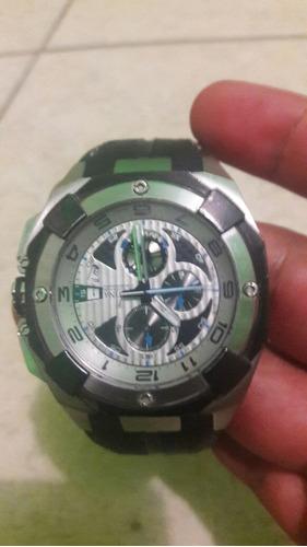 reloj color gris para caballero marca festina