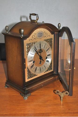 reloj con soneira exelente. unico !