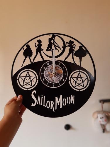 reloj de acetato sailor moon