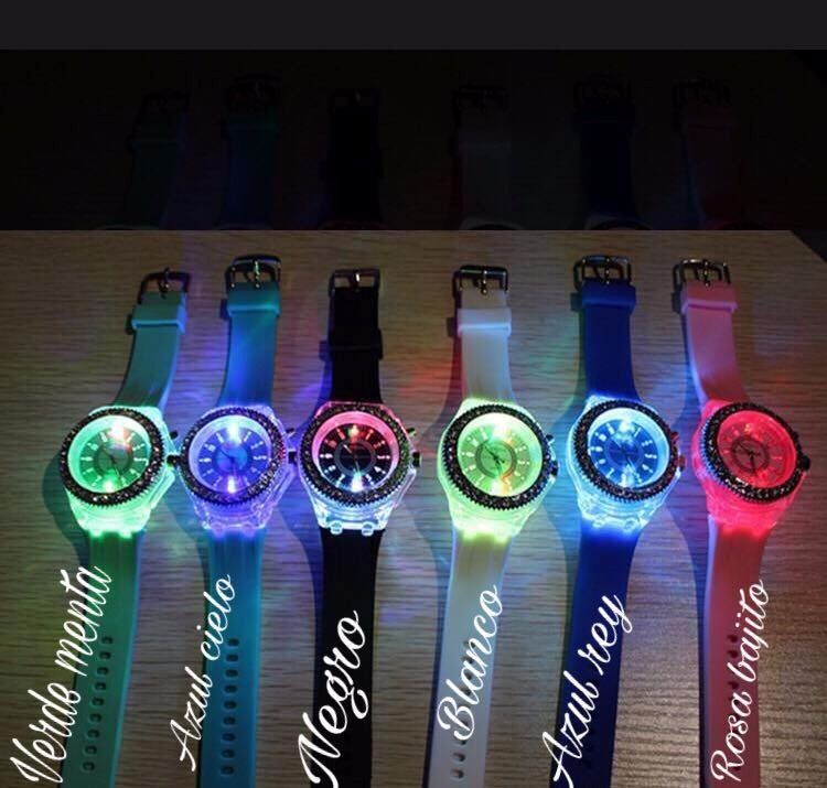 Reloj de luces led de colores para mujer con envio gratis - Luces led de colores ...