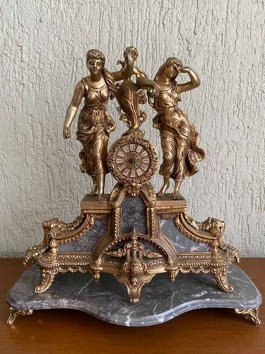 reloj de mesa bronce bañado en oro marca rocalba