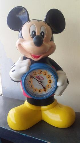 reloj de mesa de mickey