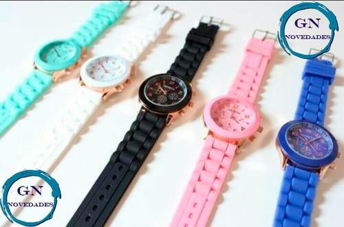 reloj de mujer con malla de silicona