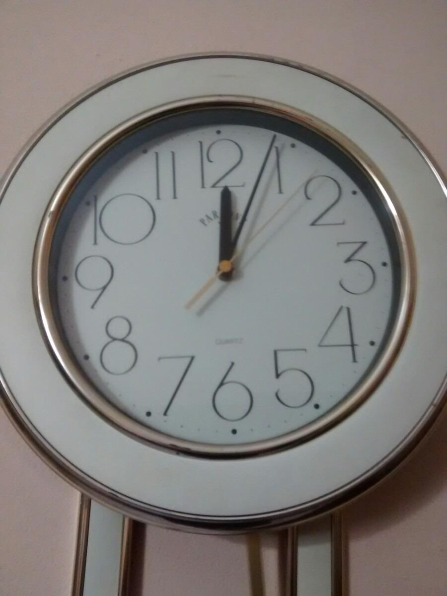 Reloj de pared con pendulo a pila marca parsons for Reloj de pared con pendulo