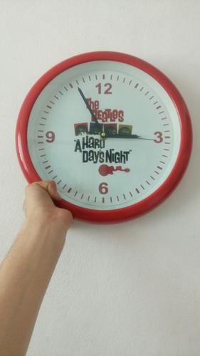 reloj de pared de the beatles  a hard days night