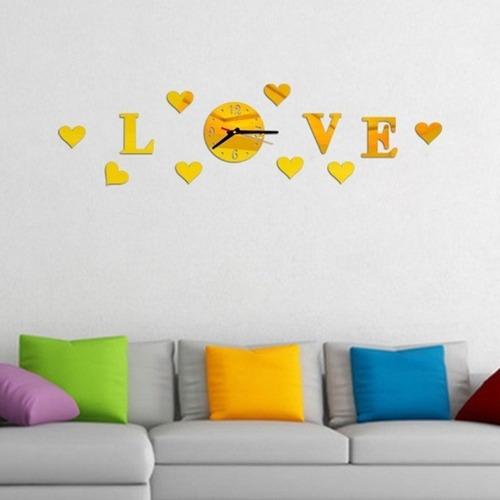 reloj de pared love corazones en acrilico color dorado