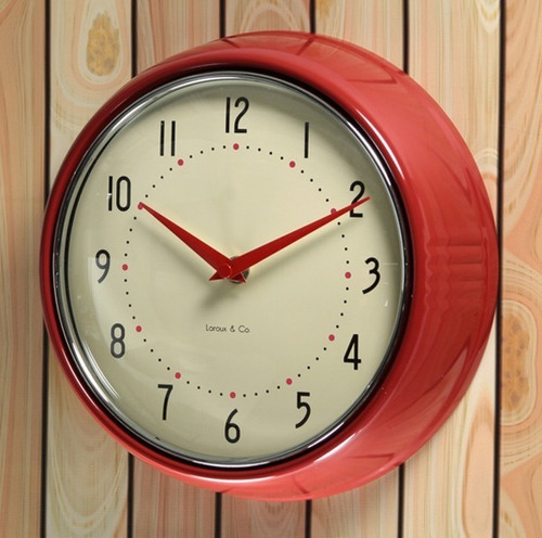 reloj de pared rojo retro marco metal