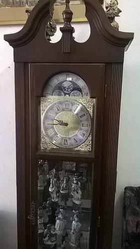 reloj de pie, estilo inglés