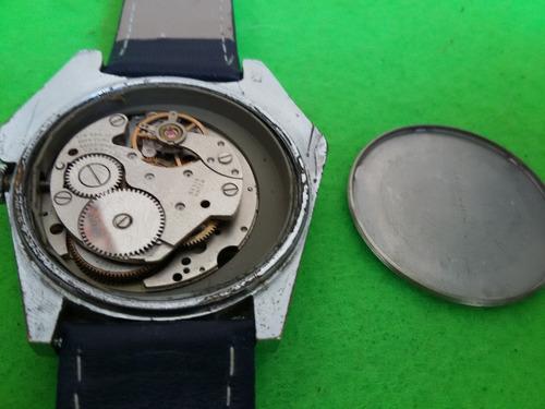 reloj de pulsera vintage  lucerne digital horas saltantes
