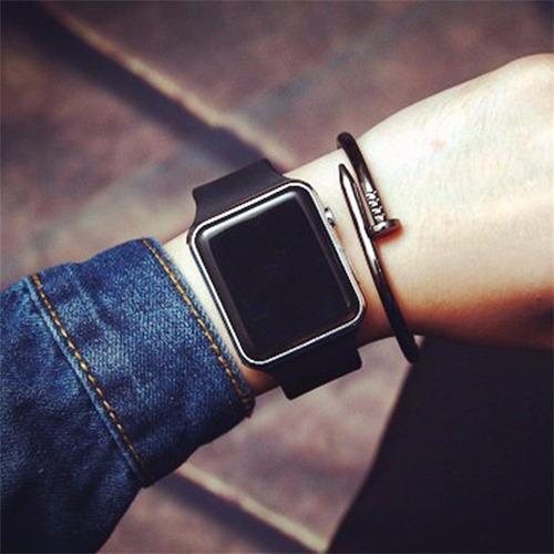 reloj deportes digital led cuadrado moda blanco